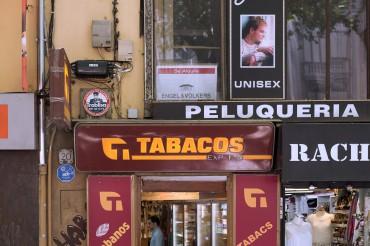 Werbefotografie Studio Oberfranken Street Aufnahme mit Reklameschriften in Palma de Mallorca. Feigfotodesign