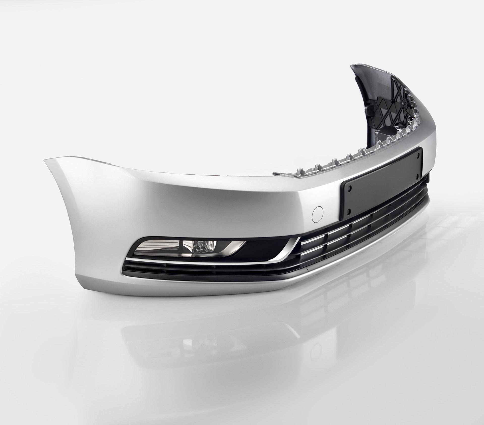 Schräge Ansicht eines Stossfänger für Modell Audi Q7. Feigfotodesign