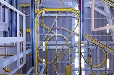 Halle von Fensterhersteller Wertbau. Feigfotodesign