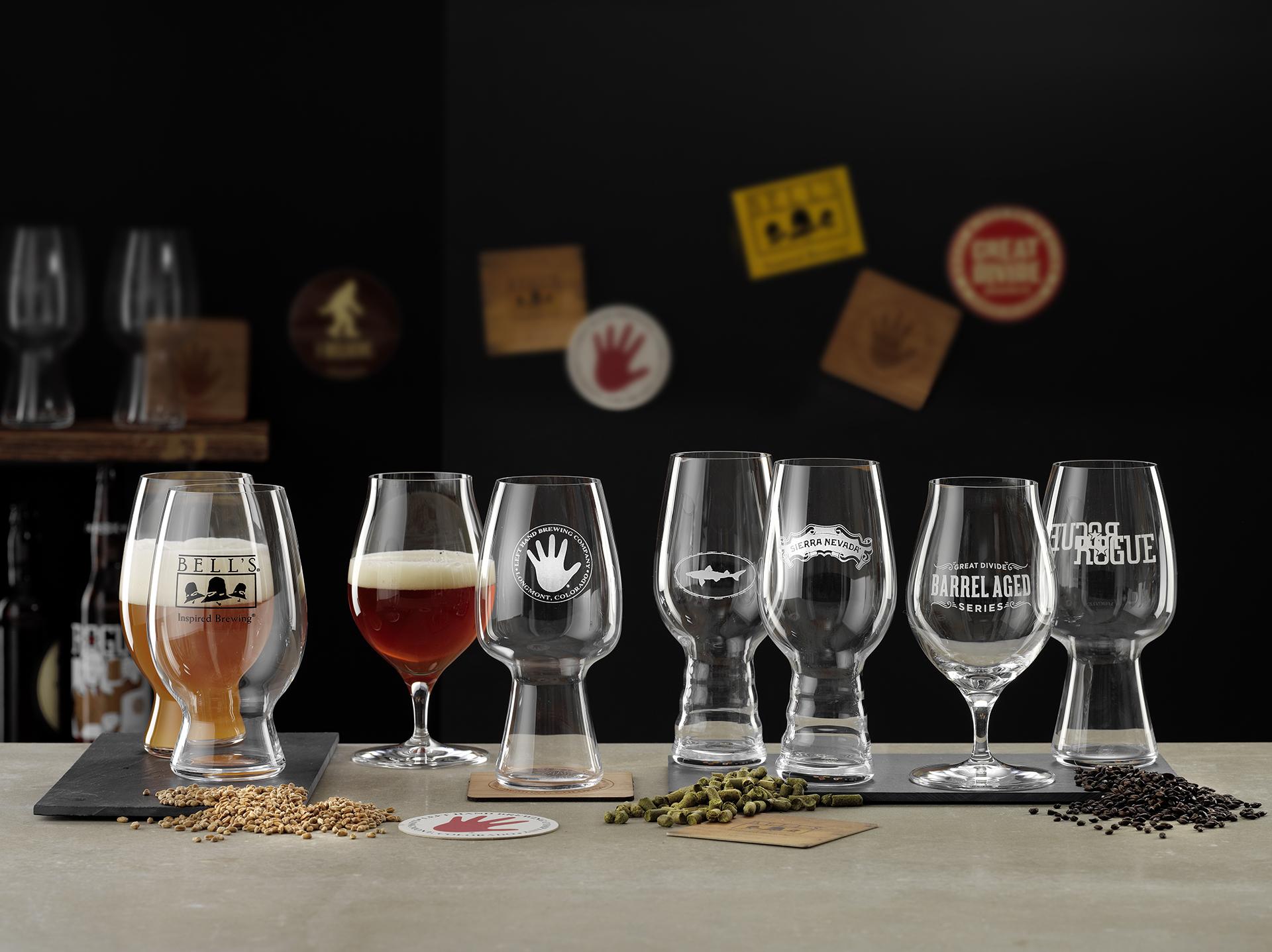 Werbefotografie Studio Oberfranken Leere und halb gefüllte Tastinggläser für Craftbeer, hergestellt von Spiegelau. Feigefotodesign