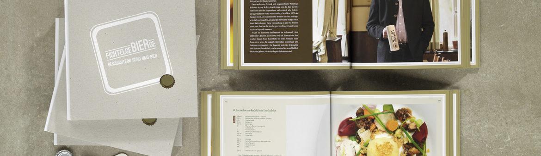 Buch FichtelgeBIERge zeigt Rezept mit Bier und Beitrag über Bayreuther Aktienbrauerei. Feigefotodesign