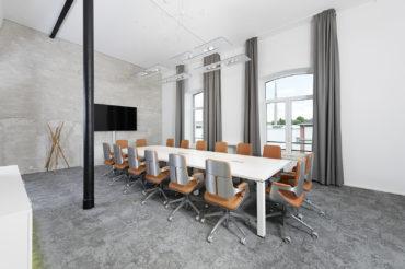 Konferenzraum der Firma tenowo. feigfotodesign.