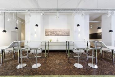 moderne bar bei firma tenowo. feigfotodesign