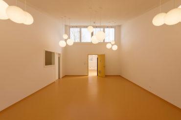Architekturfotografie Fotograf Studio Oberfranken architekturaufnahme eines raumes im kindergarten hof