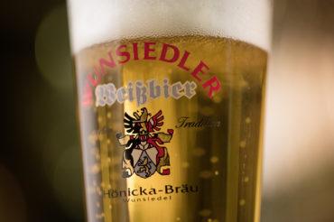 imageaufnahme eine weissbieres der brauerei hoenicka fotografiert von feigfotodesign