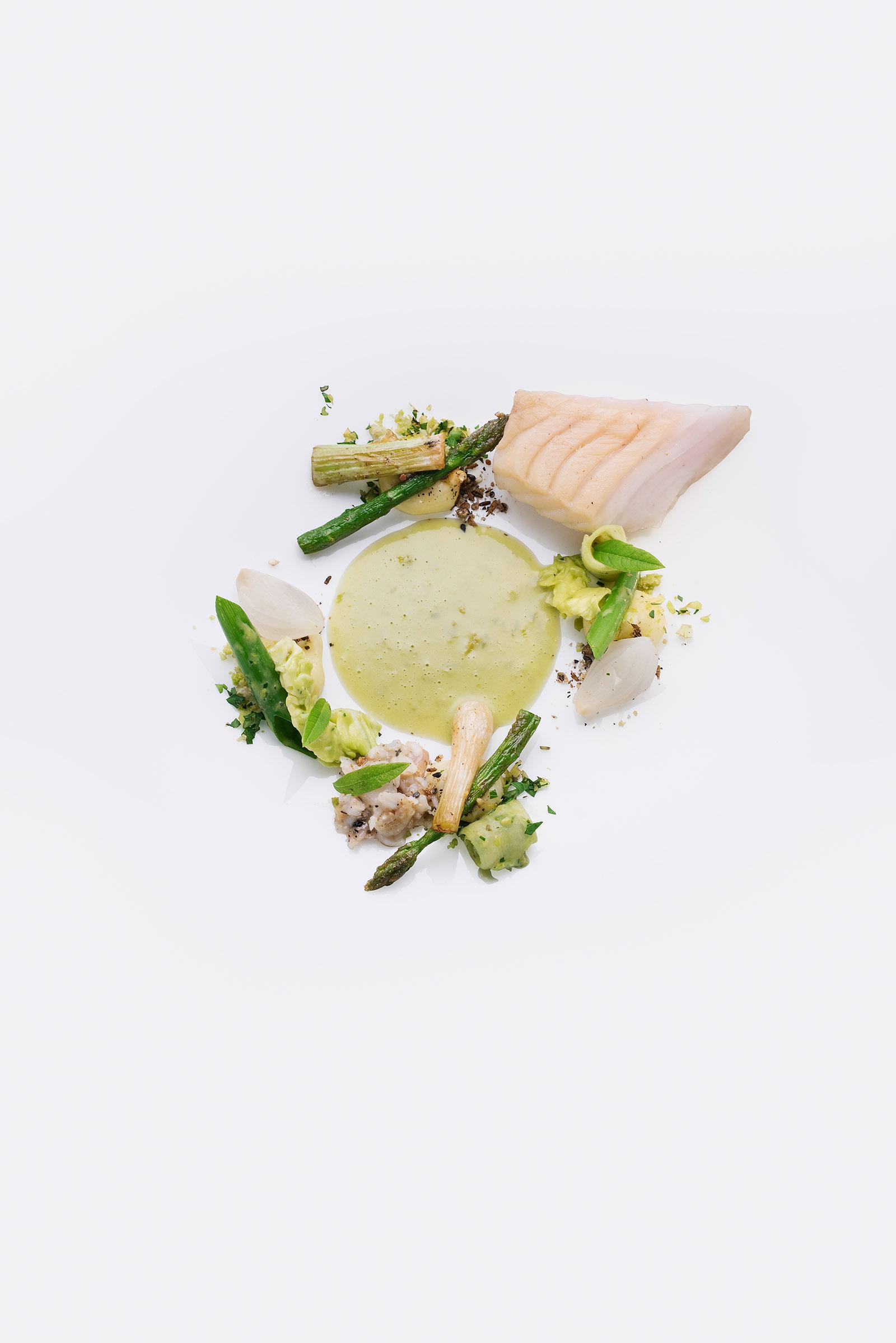 Foodfotografie Werbefotografie fotostudio Oberfranken THOMAS KELLERMANN GRÜNES GEMÜSE MIT ZANDER